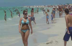 Crowded Siesta Key Beach